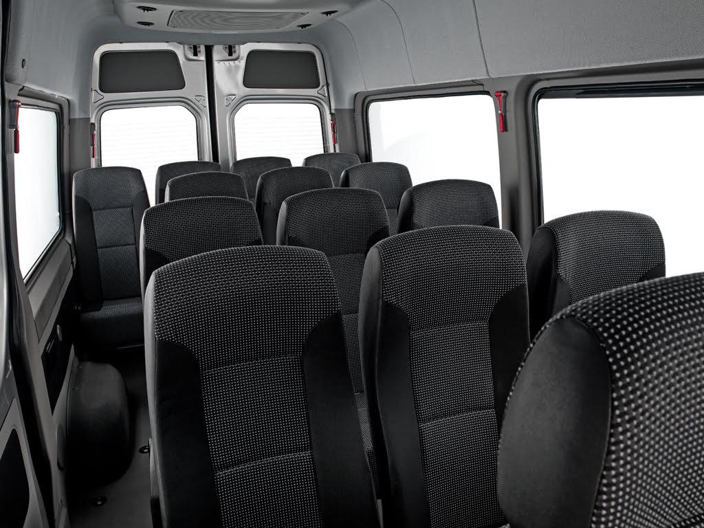 Van Sprinter 415 - Bancos Individuais Reclináveis